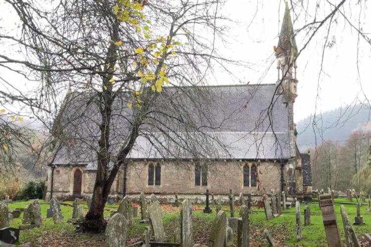 St Oudeceous Church Llandogo
